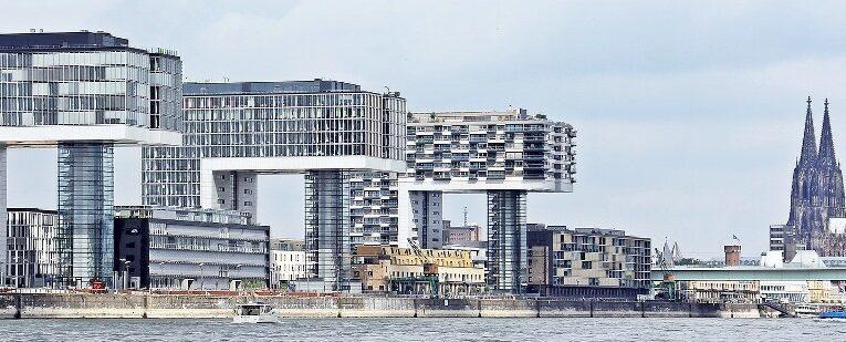 Blick auf die Skyline von Köln