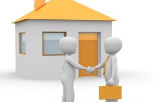 Immobilien-Makler mit Kunden